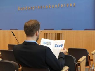 Vorstellung des Integrationsbarometers 2018 in der Bundespressekonferenz